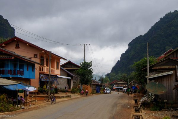 """Main road on the """"local"""" side of the river"""