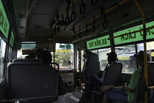 Local bus to Cho Lach