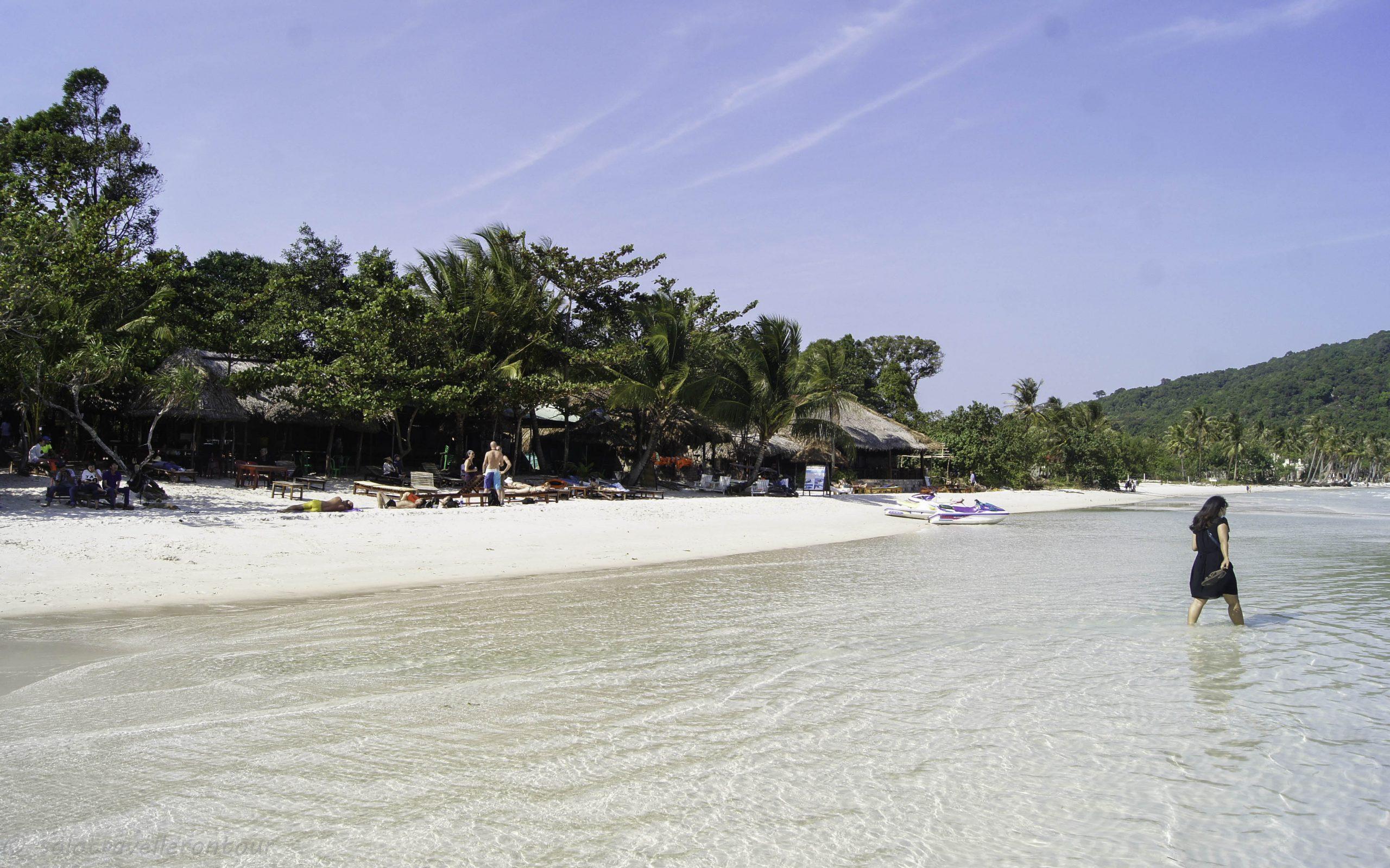 26. Phu Quoc: the beach, blue ocean and bad scallops