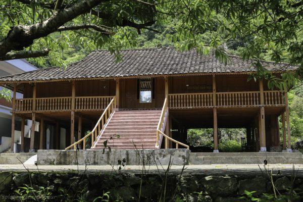 Homestay at Ho Thang Hen