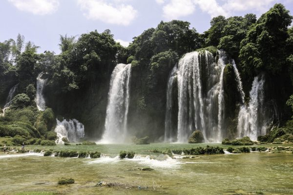 Smaller falls on the Vietnamese side