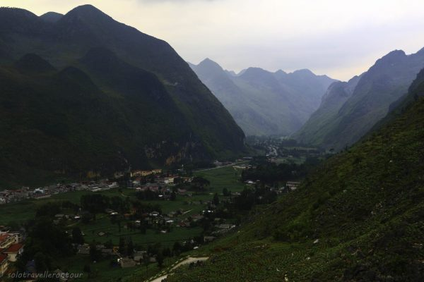 The northern part of Meo Vac and the road to Don Van