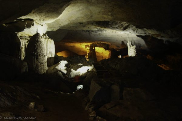 The dry area of the Kong Lo cave