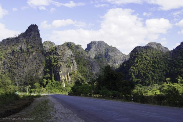 The road heading out of Thakhek into the national park