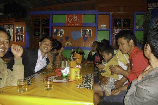 Karaoke bar in Paksong