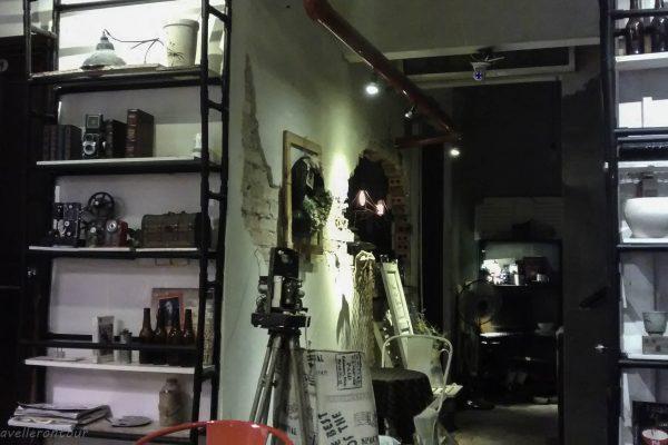 Retro deco at  Chai Cafe No.2
