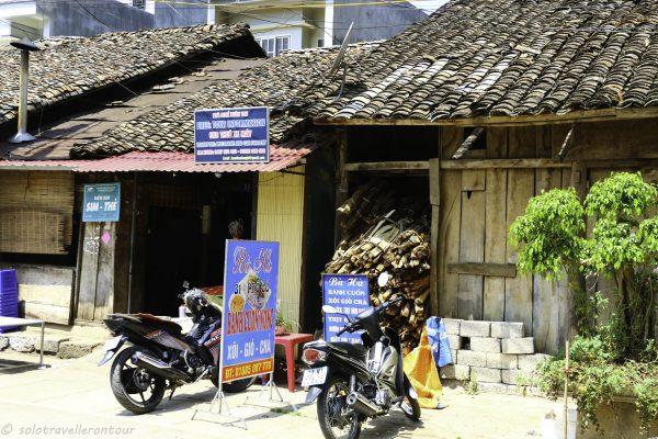 """Tourist information/ agency in the """"Old Town"""""""