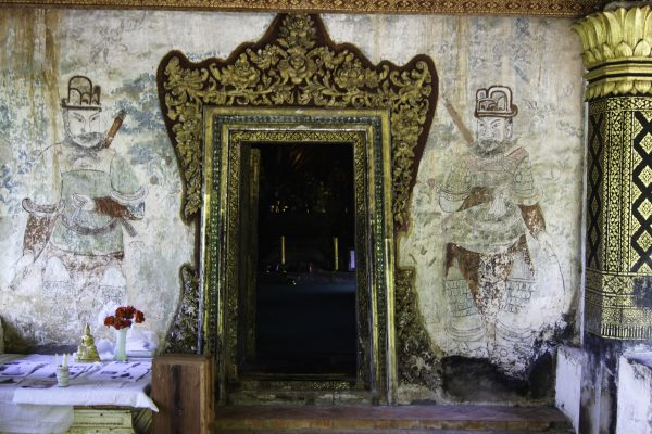 Interesting paintings on the wall of Wat Long Khoun