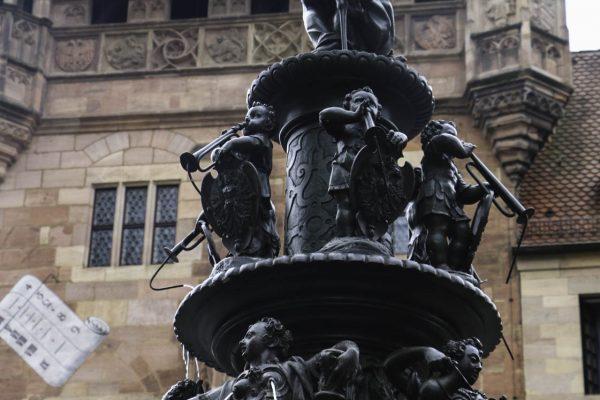 Fountain near Laurnzkirche