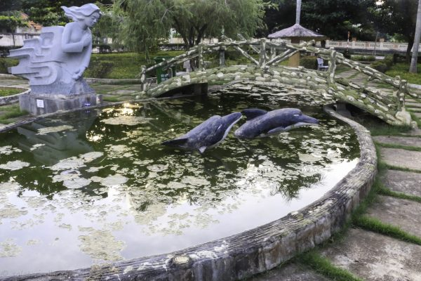 Some rather scary looking dolphins at the little park