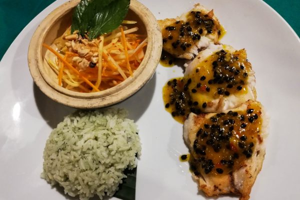 Fried fish with papaya sauce
