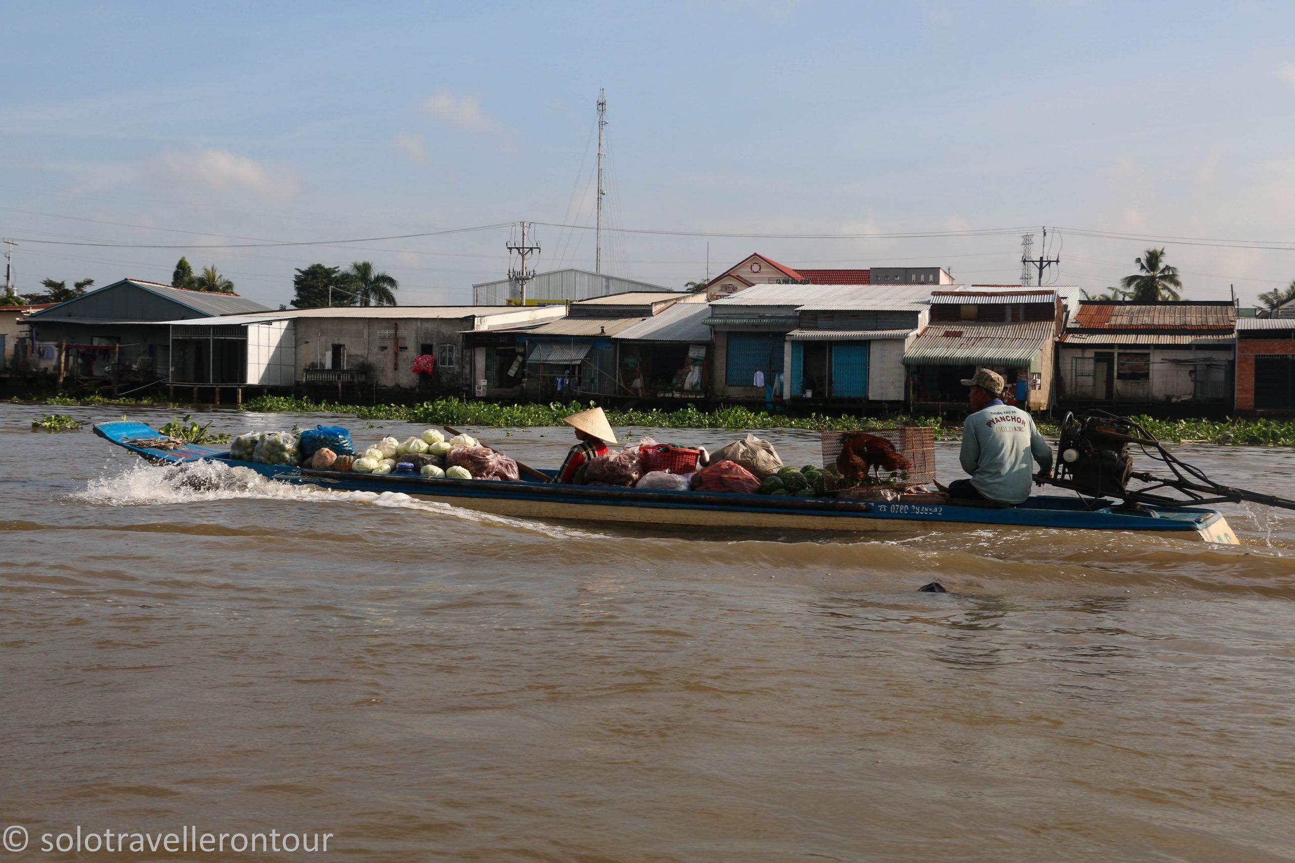 Mekong Adventure III – Floating to a market