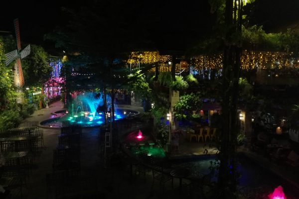Lower level of the outdoor area - with fountains